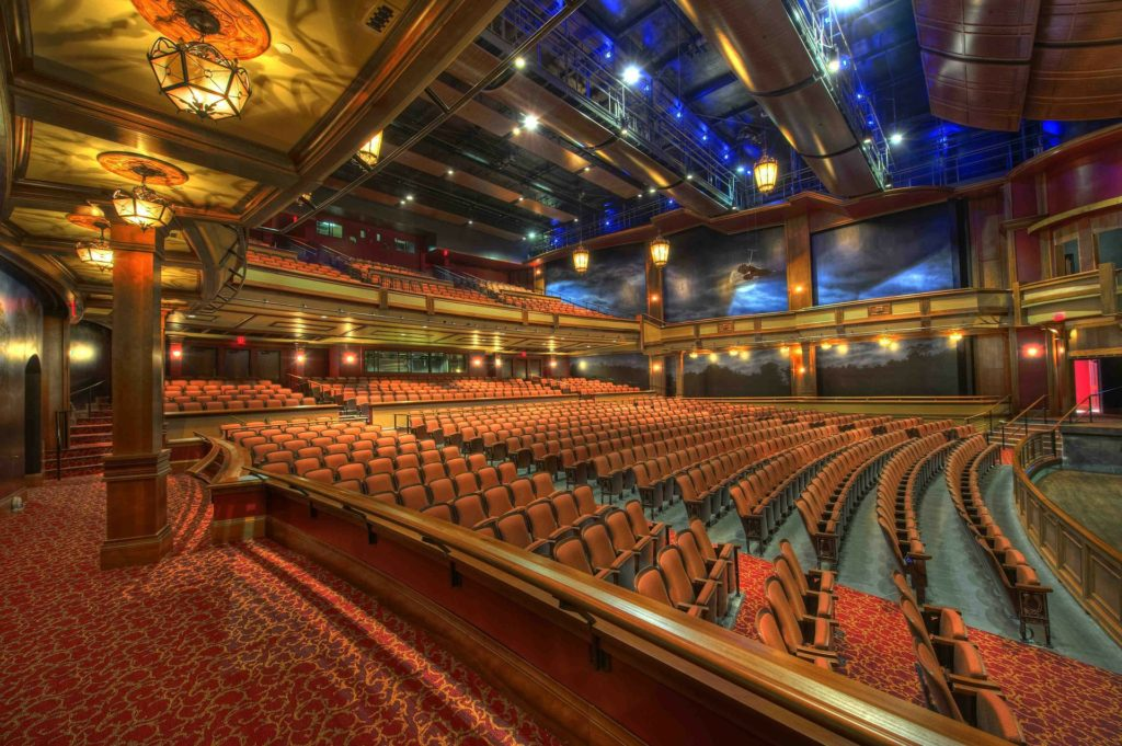 Associations : theatre et cinema