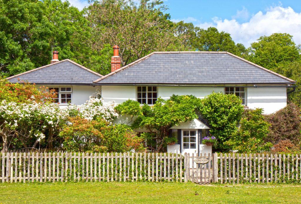 Maison avec jardin ou avec piscine proche de la forêt