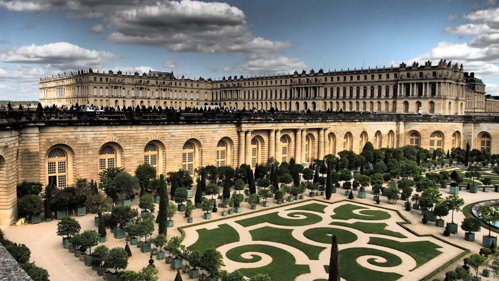 Versailles Castle close to Saint-Germain-En-Laye
